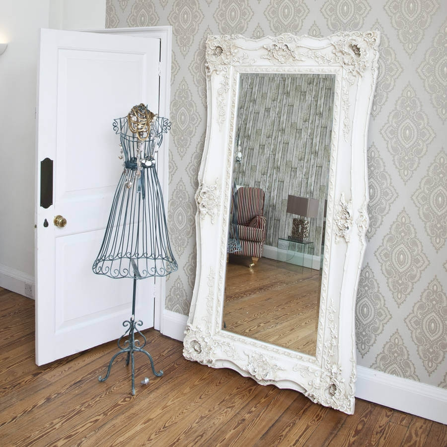 Decorative Ornate Mirrors Wall Vs Floor Which One Better For Ornate Vintage Mirror (Image 2 of 15)