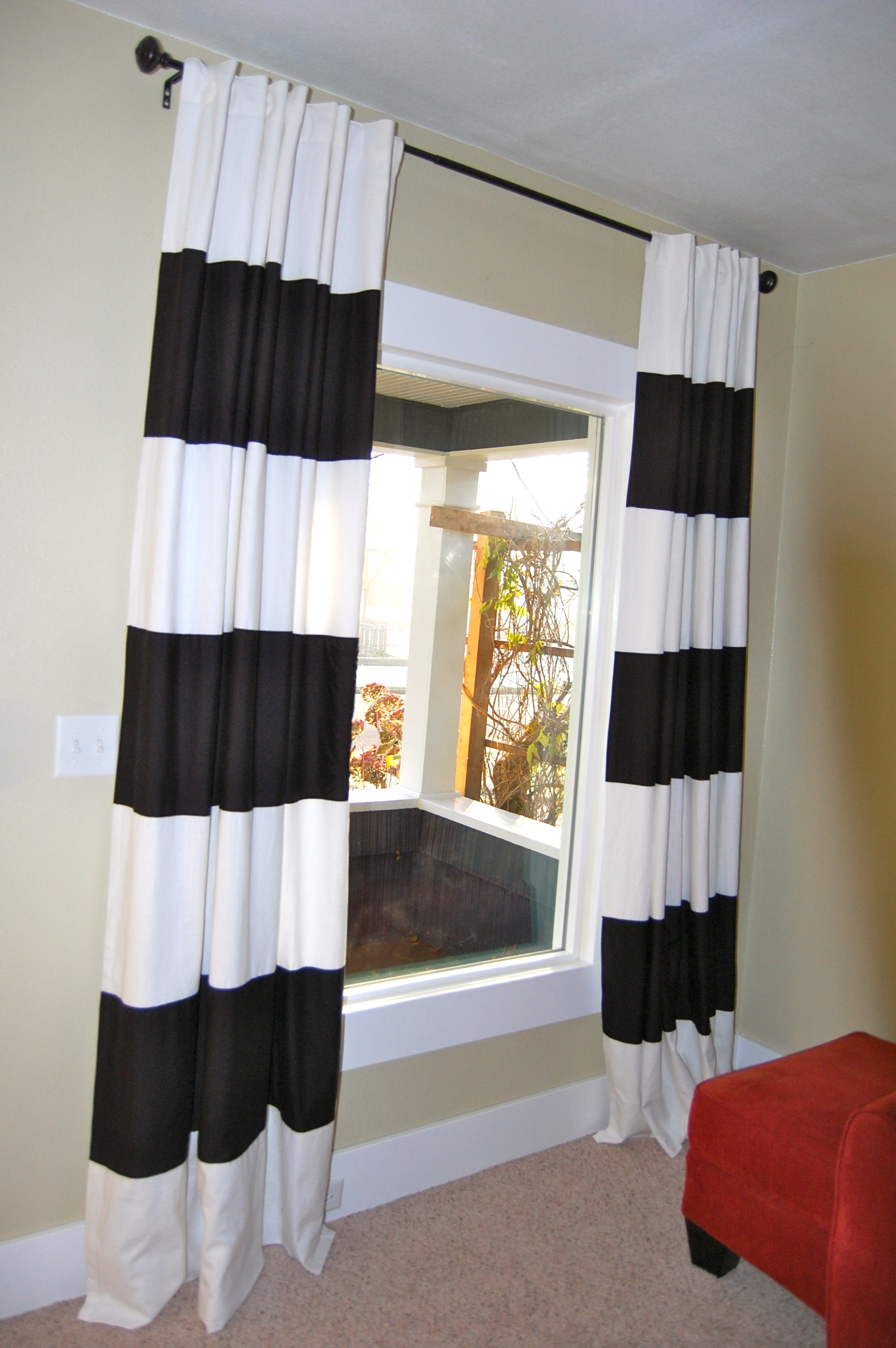 Diy Black White Striped Curtains Diy Project Aholic Within Thick Striped Curtains (View 1 of 15)