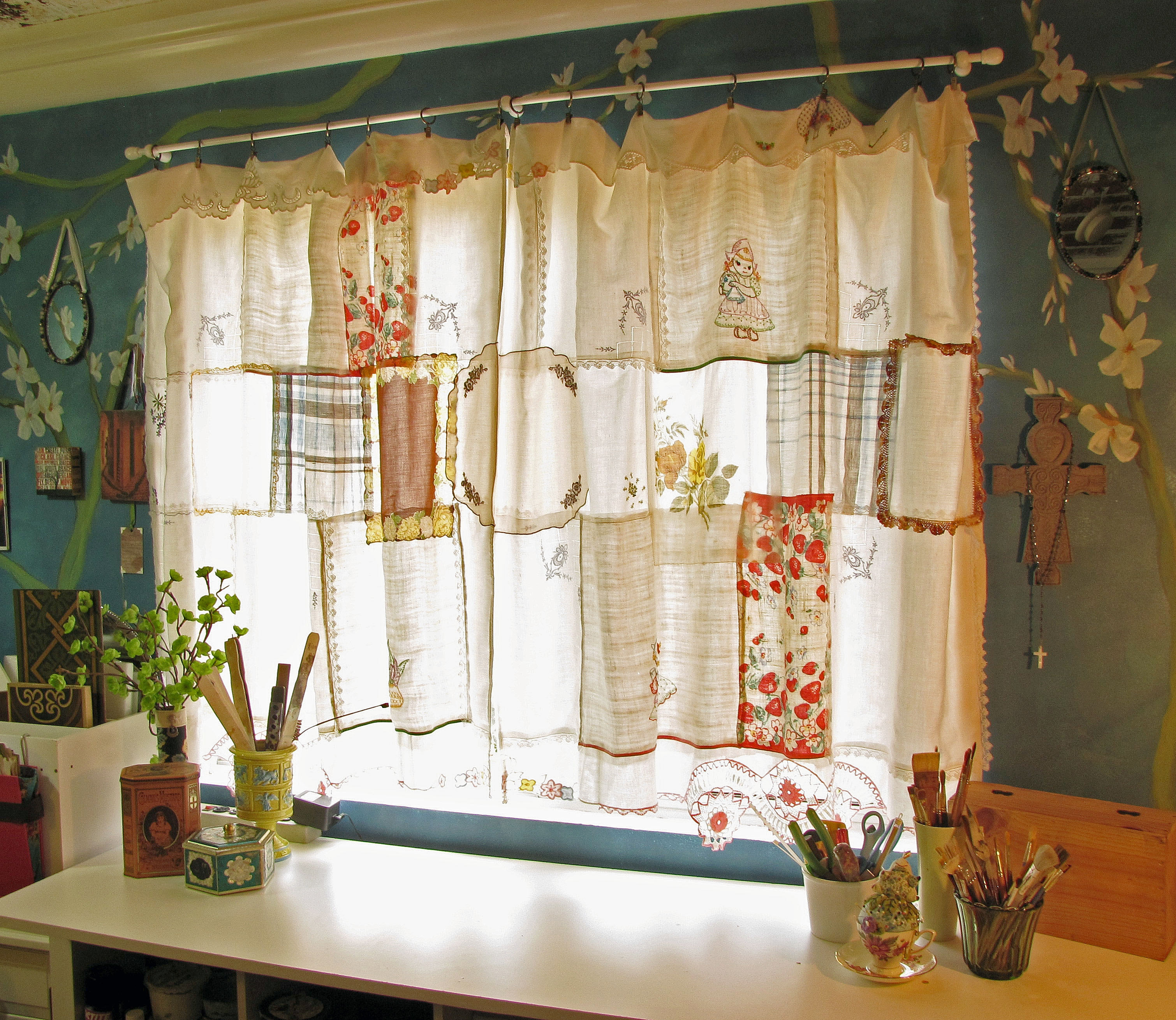 Diy Vintage Patchwork Curtain Crafthubs With Hand Made Curtains (Image 5 of 15)
