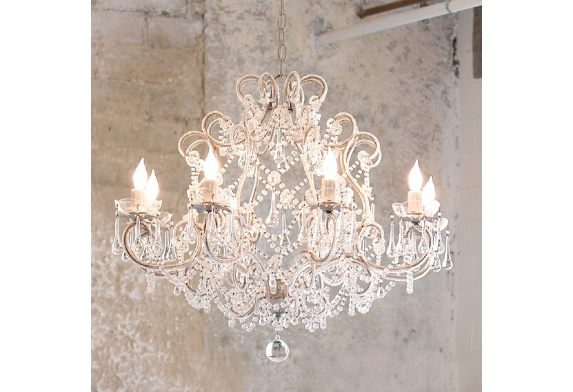 Featured Image of Shabby Chic Chandeliers