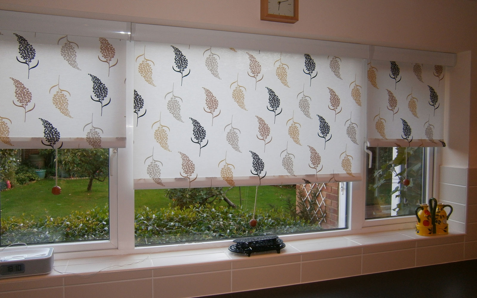 Engaging Kitchen Roller Blinds Pattern Roller Blind Kitchen Regarding Pattern Roller Blinds (Image 5 of 15)