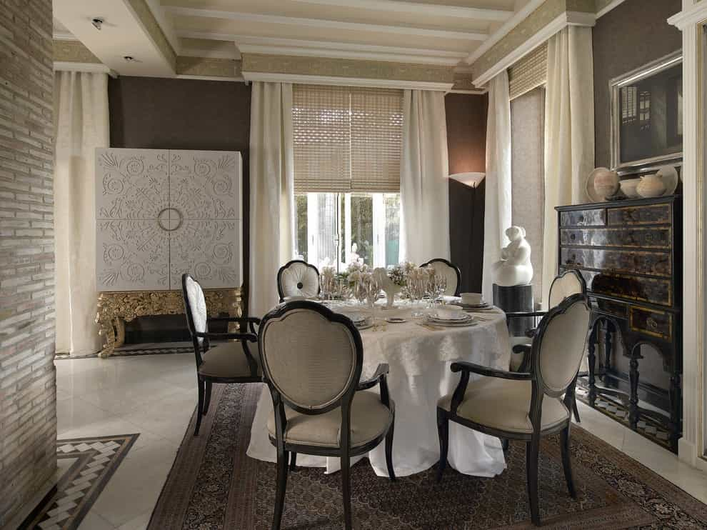 Fabric Covered Cornice Boards For Classic Dining Room Windows (Image 13 of 20)