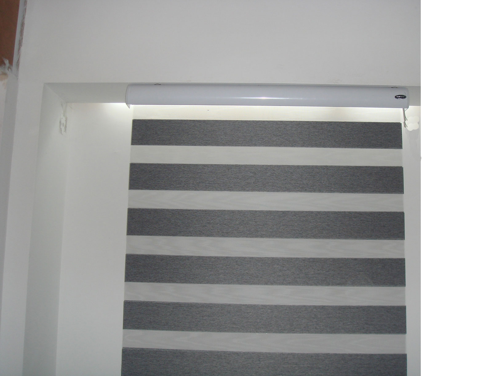 Fabric Roller Blind Delex Window Decoration Co Ltd Page 1 Intended For Roller Fabric Blinds (Image 5 of 15)