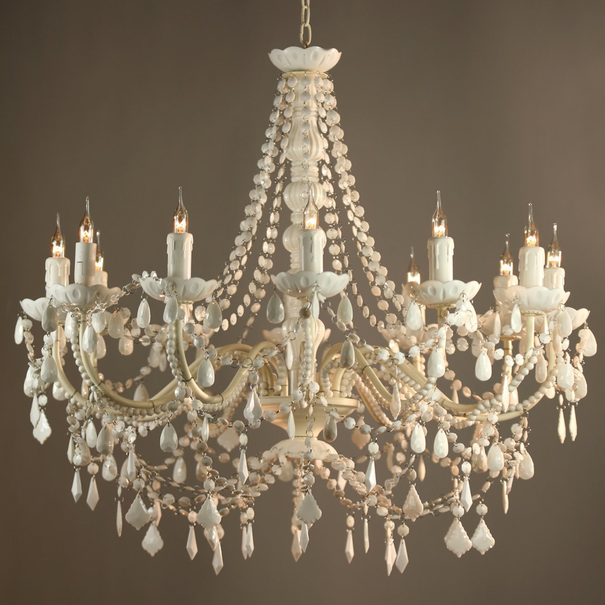 Featured Image of French Chandeliers