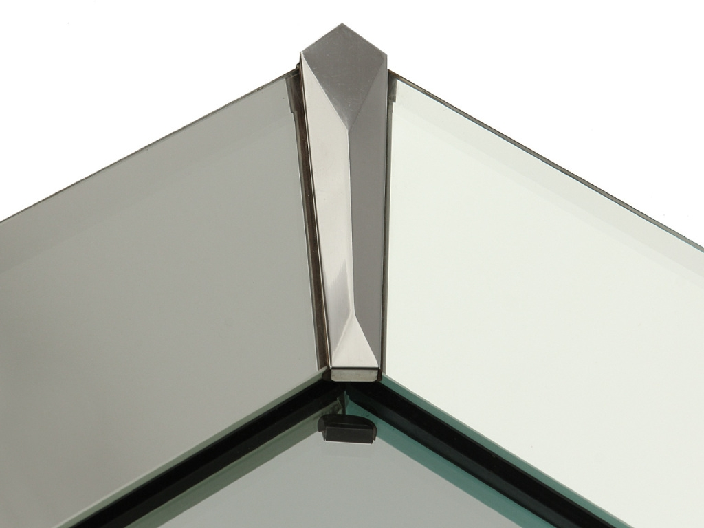 Featured Image of Chamfered Edge Mirror