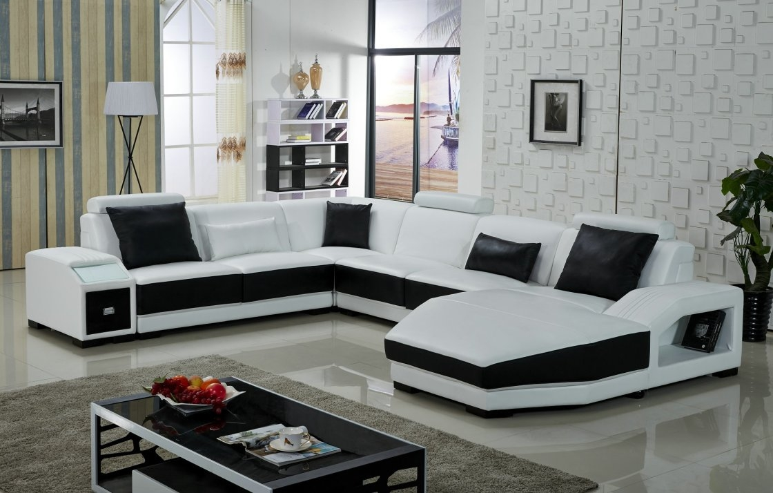 Furniture Black And White Sectional Using Black And White Pertaining To Black And White Sectional Sofa (Image 9 of 15)
