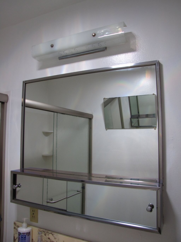 Furniture Splendid Oval Bathroom Mirrors Design With White Regarding Retro Bathroom Mirrors (Image 9 of 15)