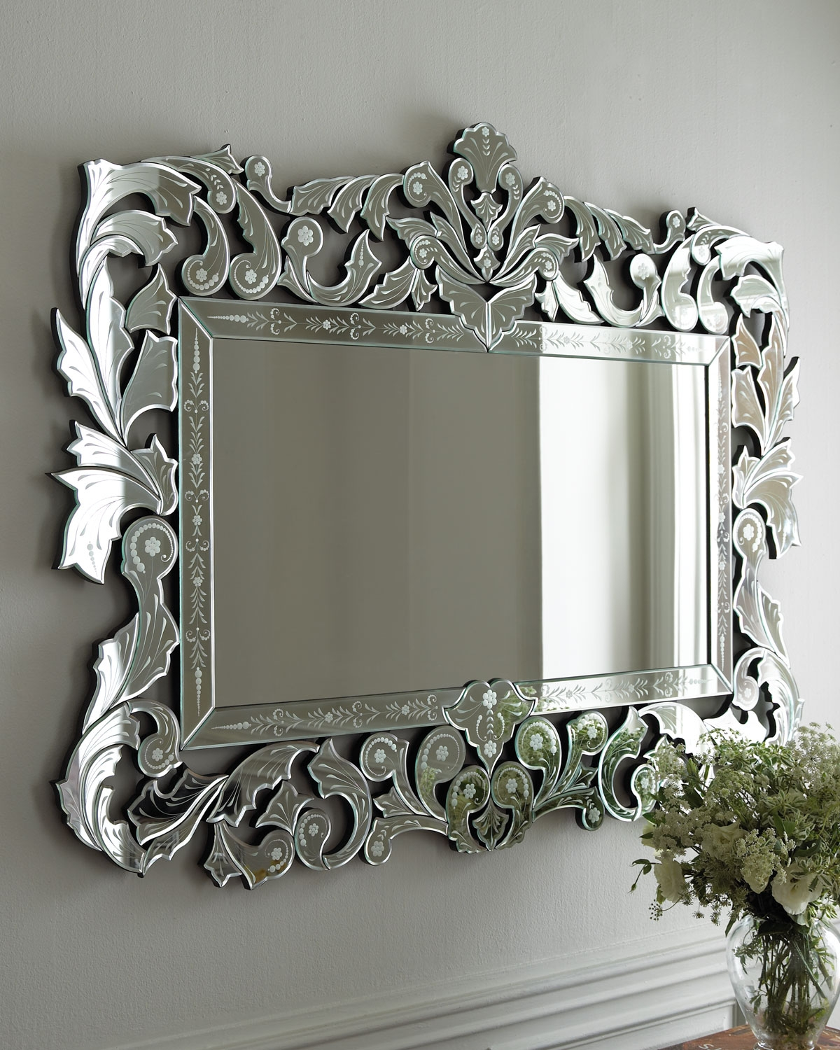 Giorgia Mirror Follow Me Style And Glasses With Regard To Venetian Heart Mirror (Image 9 of 15)
