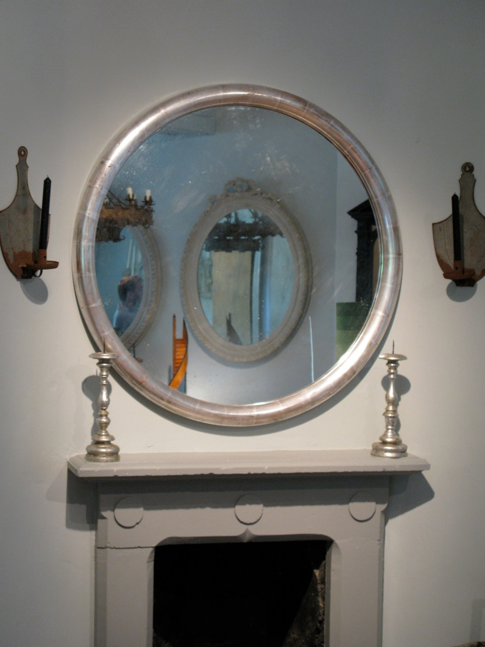 Good Pair Of Silver Leaf Large Round Mirrors Paintings Mirrors For Large Round Mirrors (Image 8 of 15)