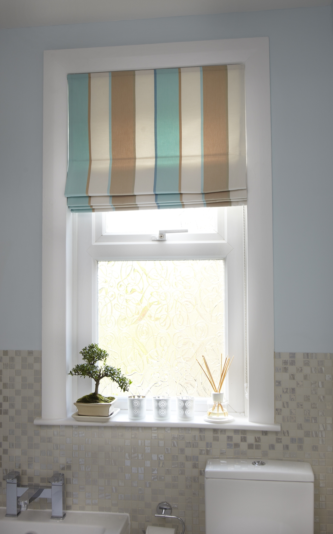 Handmade Roman Blind Throughout Handmade Roman Blinds (Image 3 of 15)