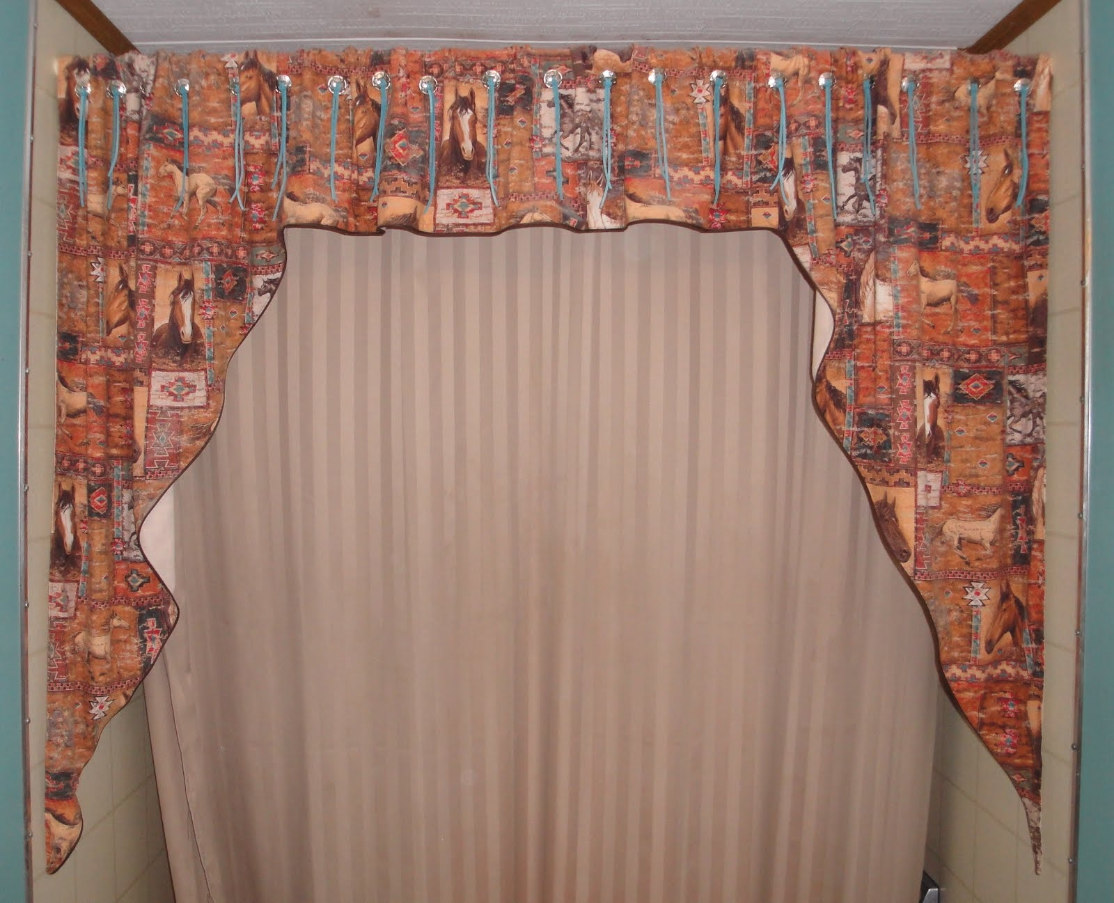 Helpful Tips From Indizona Handmade Home Decor In Hand Made Curtains (Image 8 of 15)