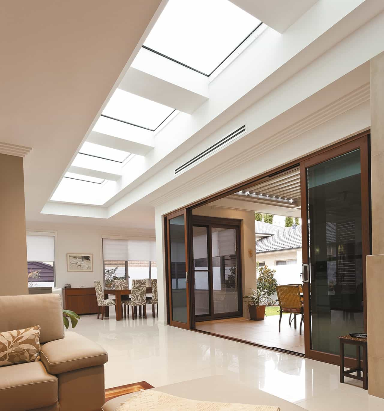 Horizontal Skylights For Modern Living Room (Image 8 of 25)
