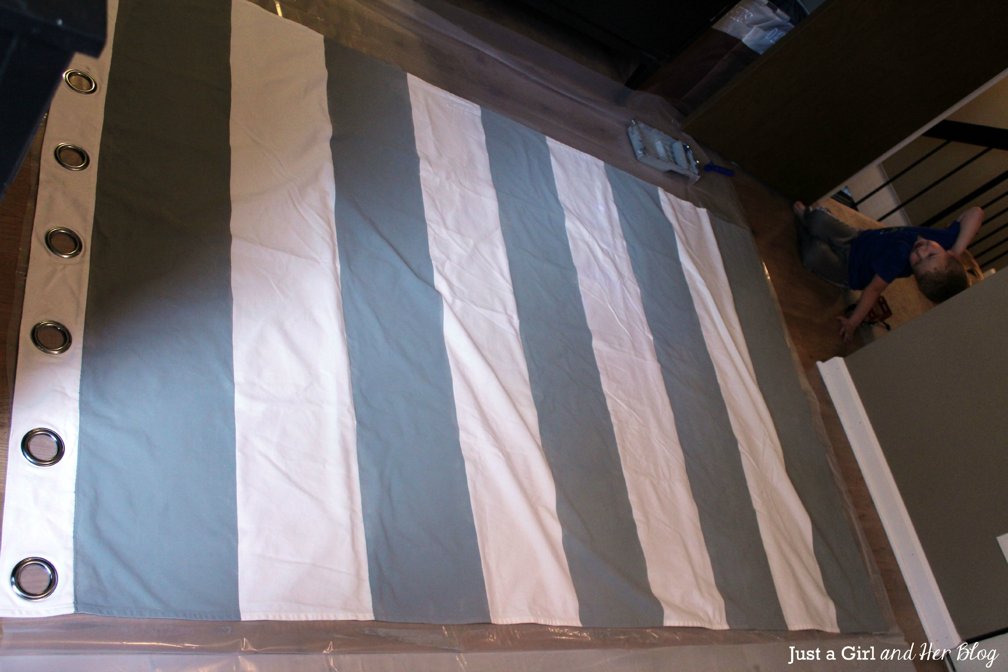 I Wanna Play Too Diy Painted Striped Curtains Intended For Thick Striped Curtains (View 14 of 15)