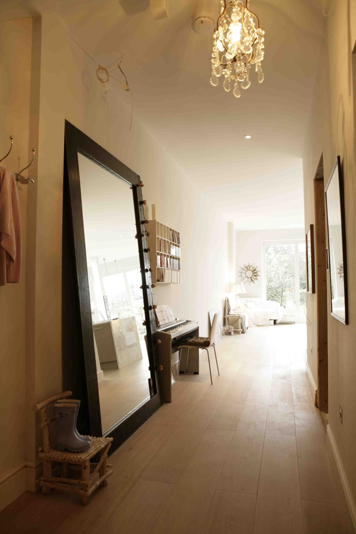 I Would Love To Have A Huge Mirror In My Entry Way Interiors Within Large Hallway Mirror (Image 11 of 15)