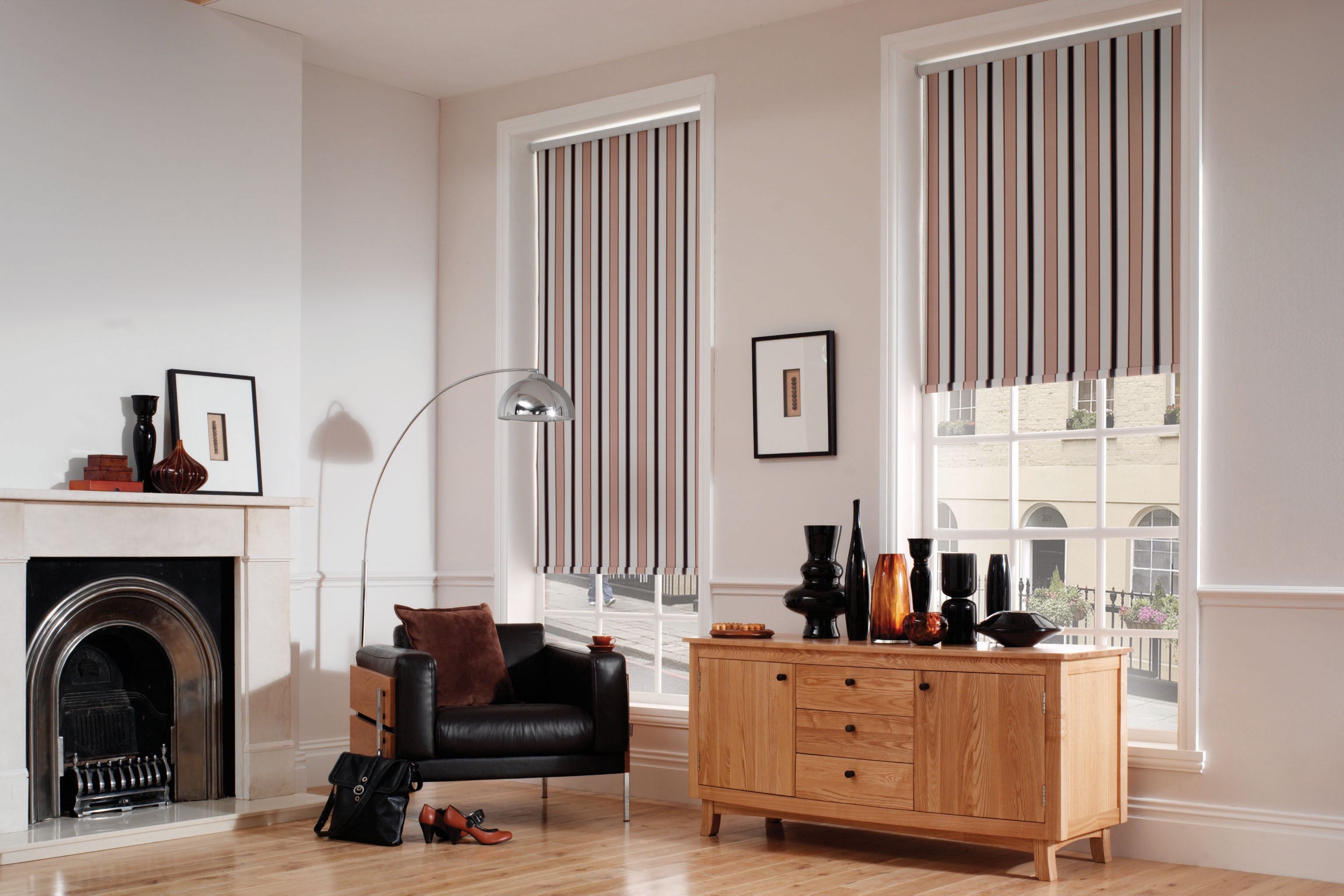 Inside Out Blinds Blinds Luton Blackout Blinds Luton Blind Regarding Luxury Roman Blinds (Image 8 of 15)