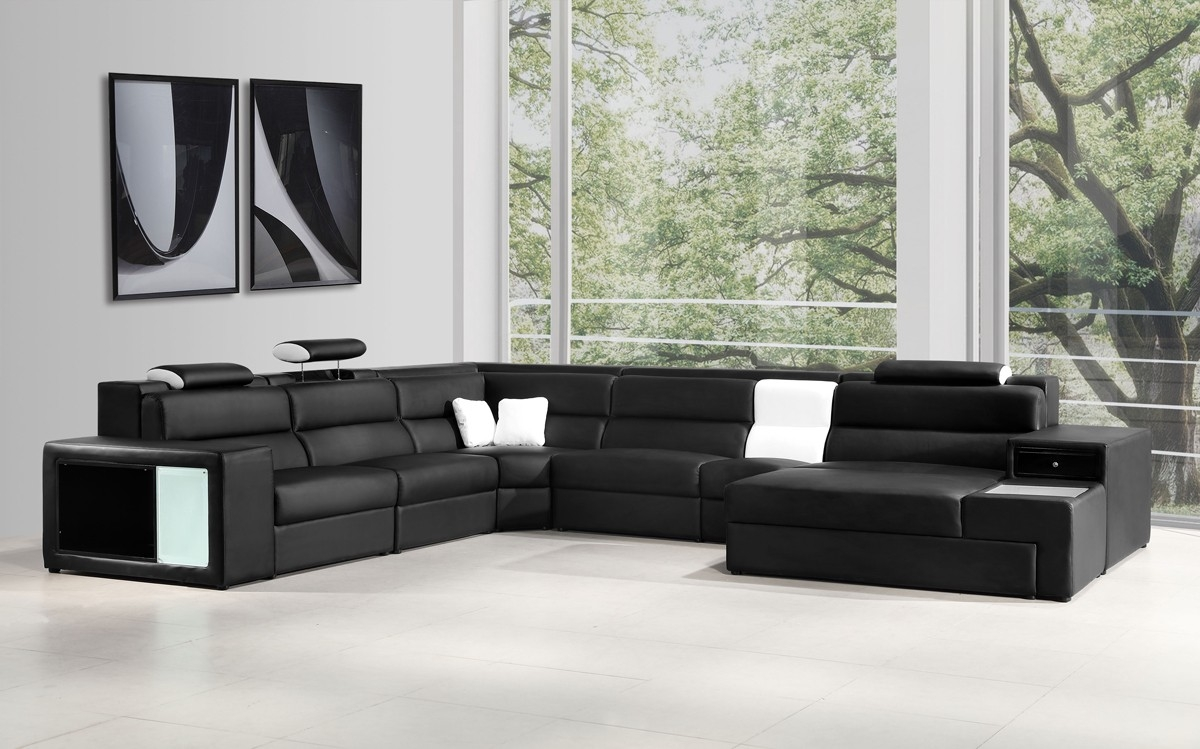 Italian Leather Sectional Sofa In Black Inside Black And White Sectional Sofa (Image 11 of 15)