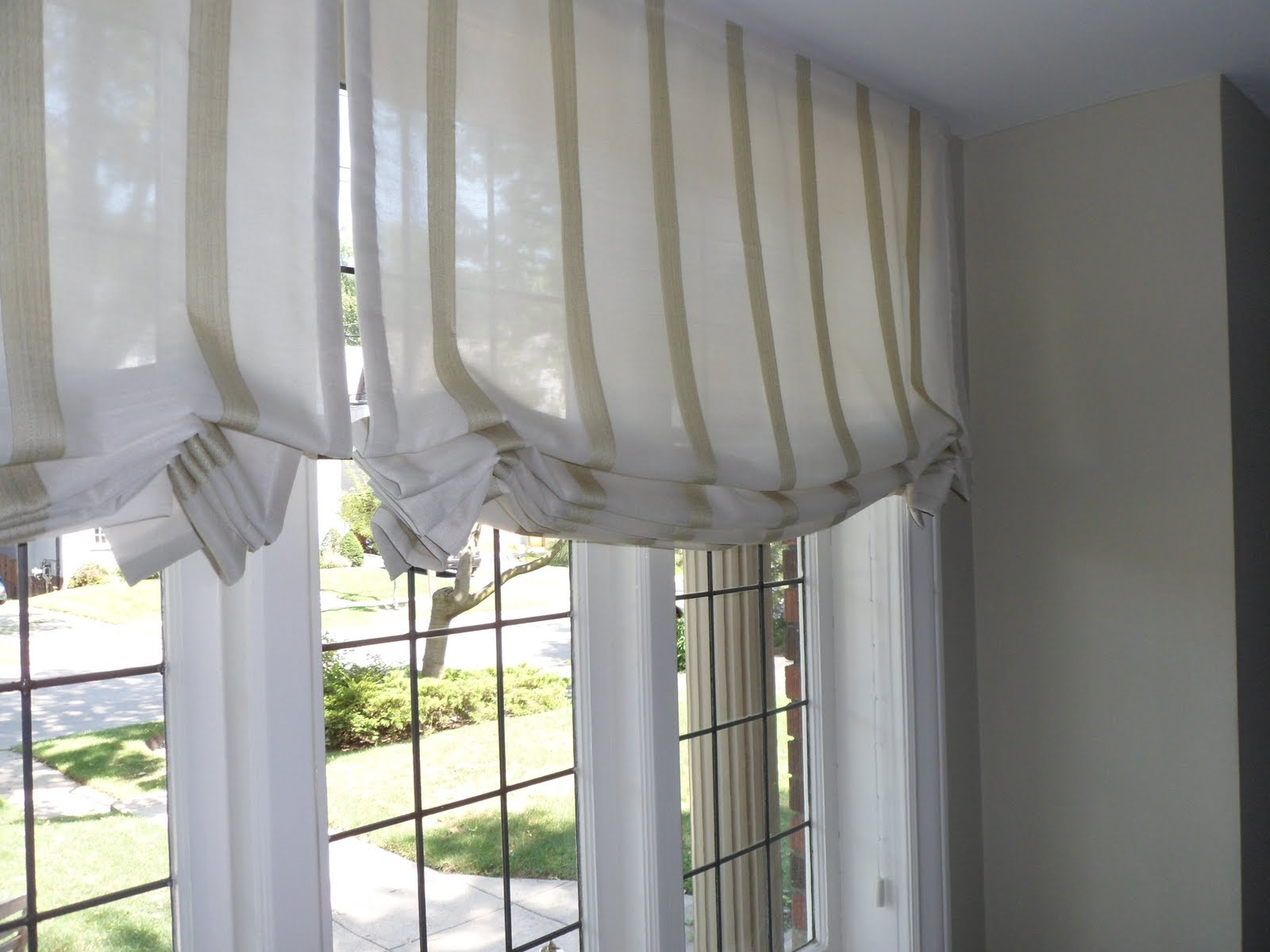 Jade Creative Lovely Striped Sheer Roman Blinds Pertaining To Sheer Roman Blinds (Photo 5 of 15)