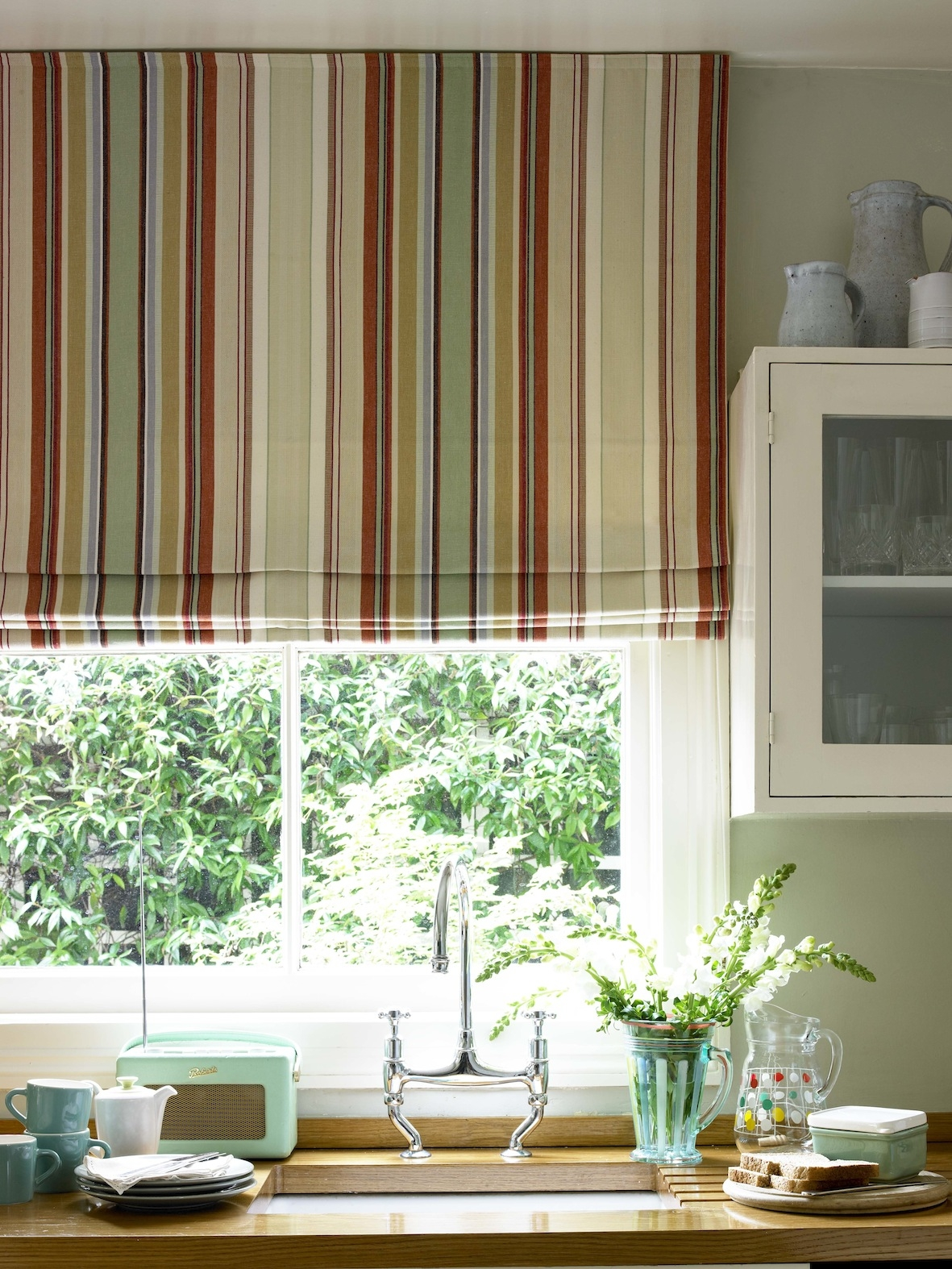 Featured Image of Kitchen Curtains And Blinds