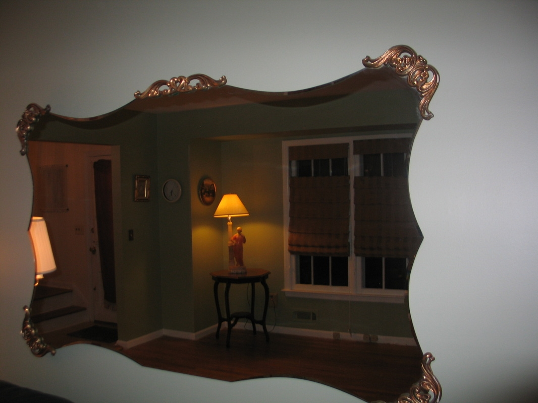 Lampsmirrors Estate Sale In West Caldwell For Large Vintage Mirrors For Sale (Image 7 of 15)