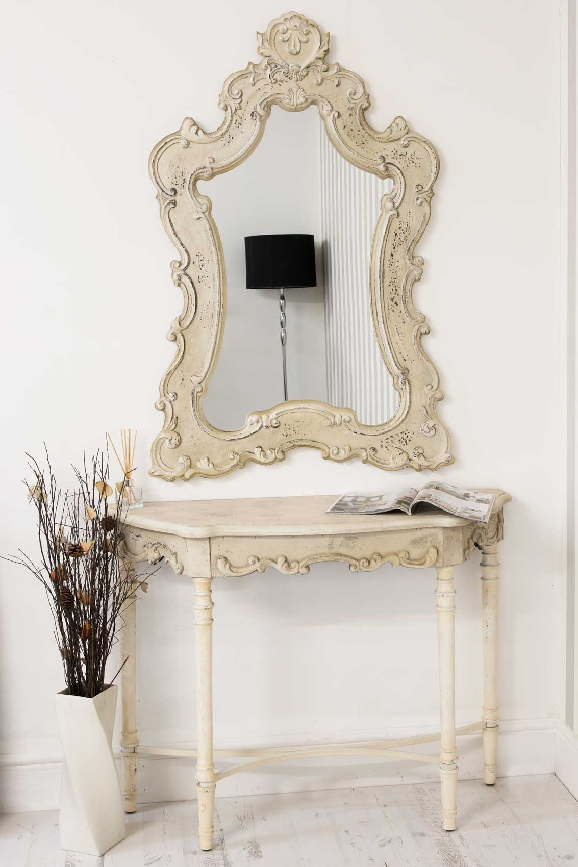 Large Cream Console With Large Matching Cream Mirror Regarding Large Cream Mirror (Image 9 of 15)