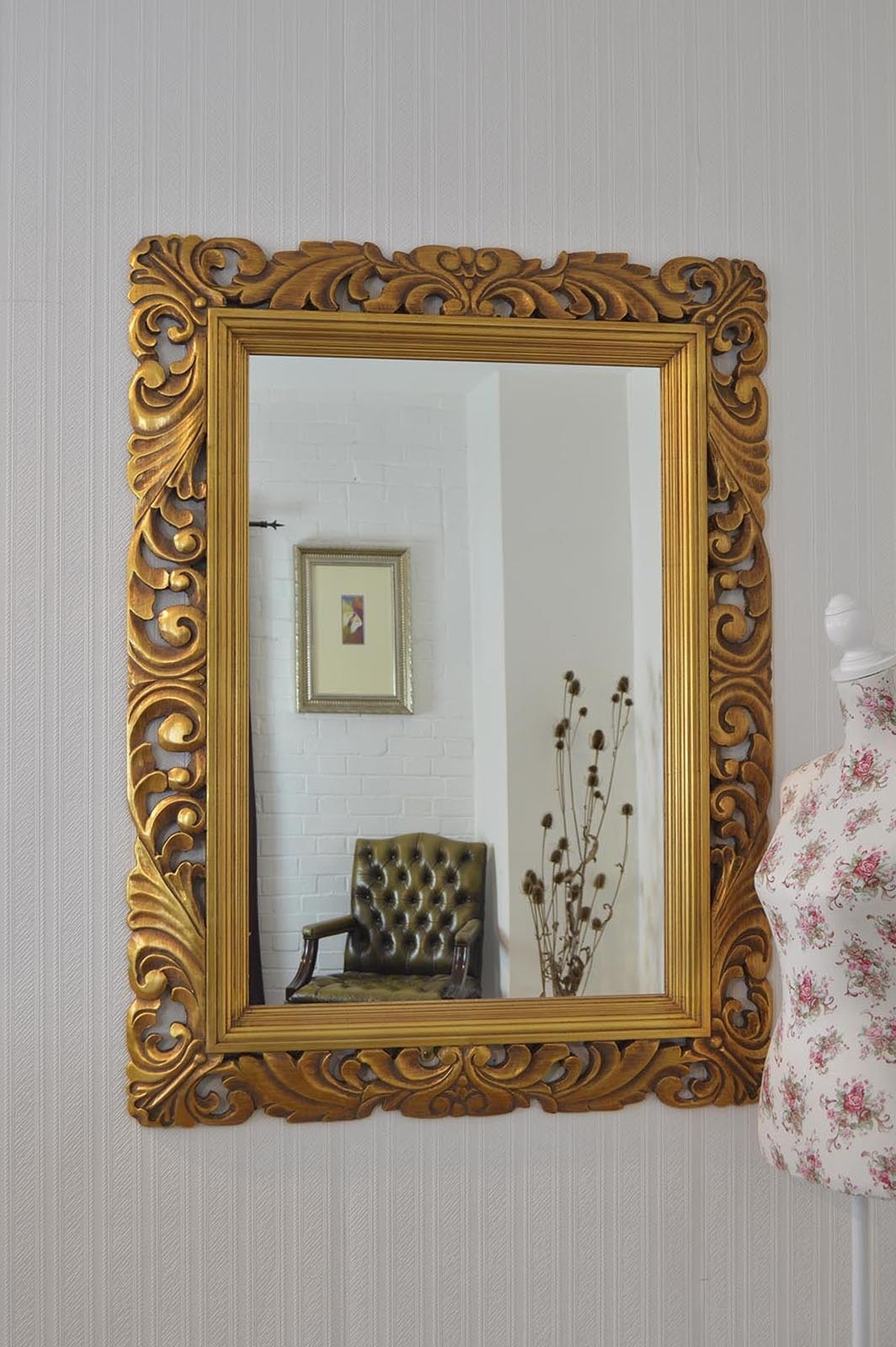 Large Gold Carved Antique Design Ornate Big Wall Mirror 4ft X 3ft In Big Gold Mirror (Photo 14 of 15)
