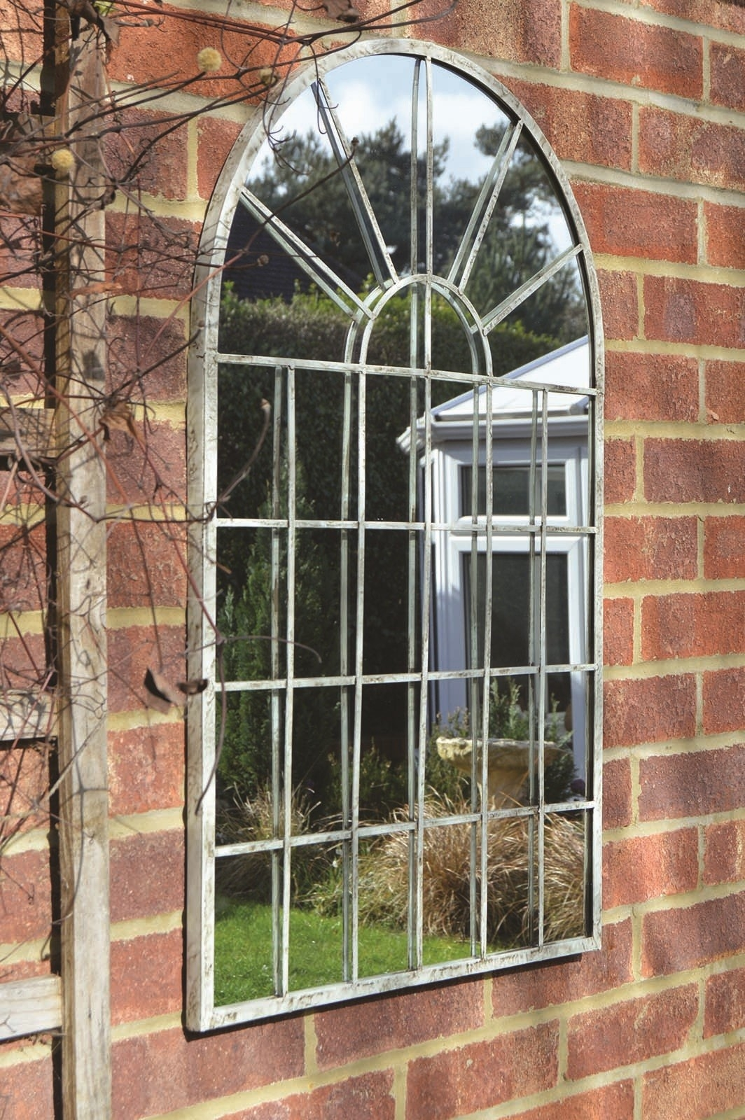 Featured Image of Garden Wall Mirrors