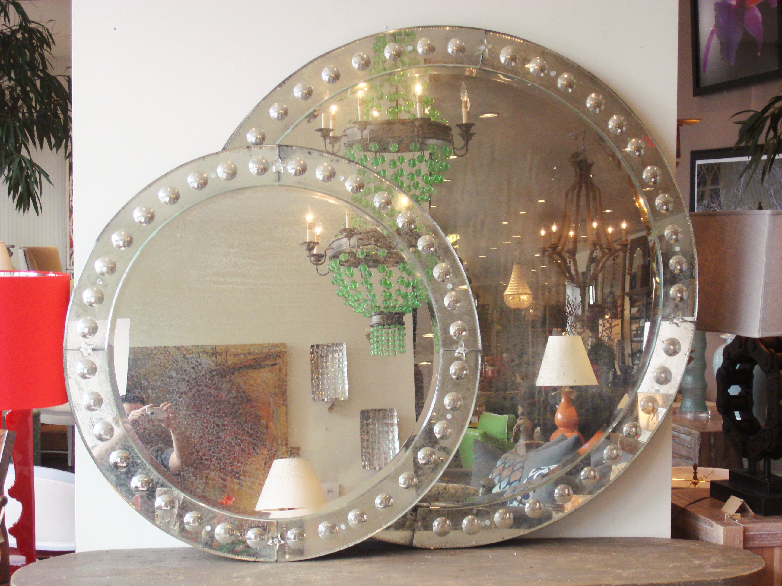 Large Round Antiqued Venetian Mirror Mecox Gardens For Venetian Bubble Mirror (Image 3 of 15)