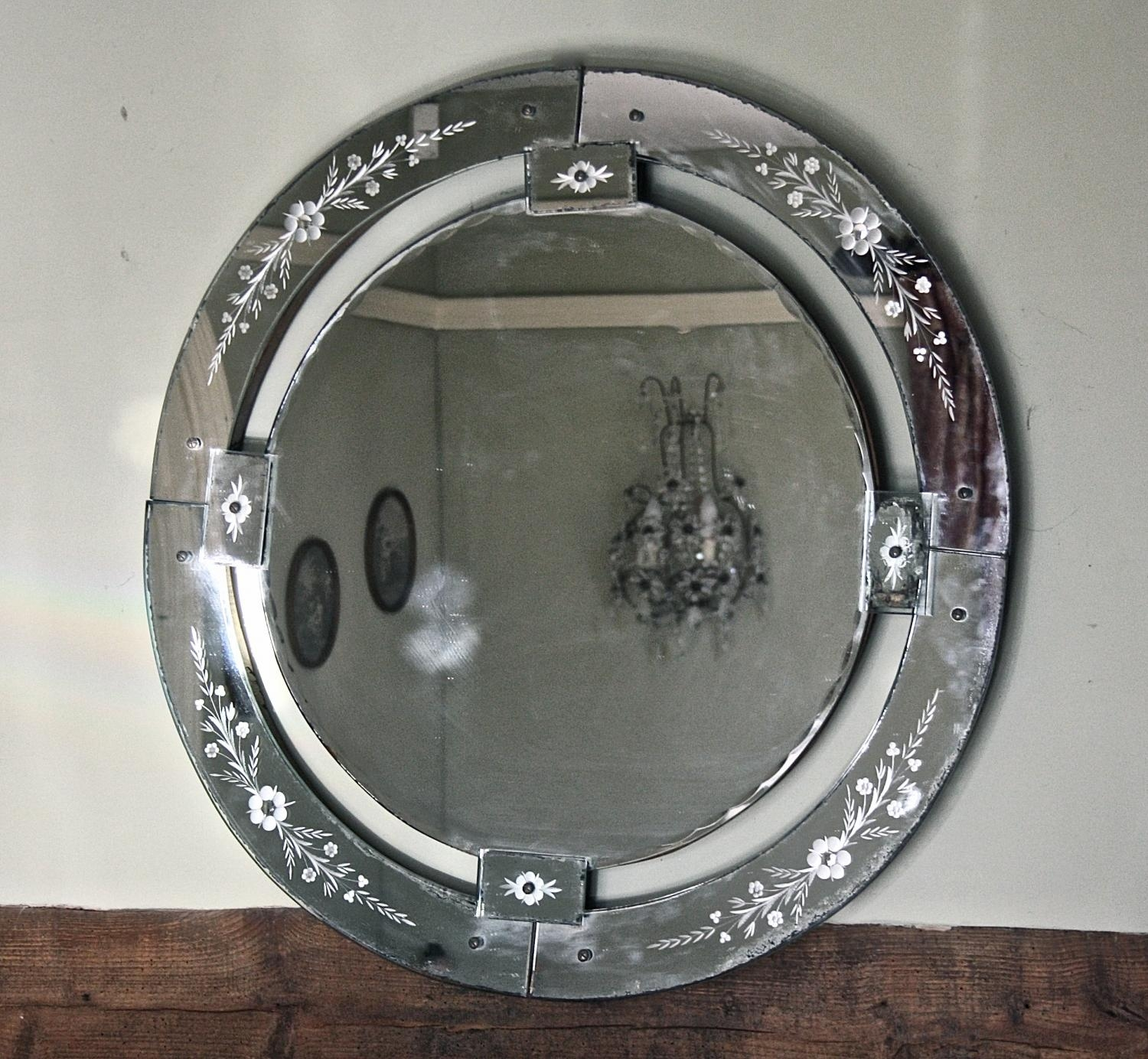 Large Round Venetian Mirror In Mirrors Within Round Venetian Mirror (Image 5 of 15)
