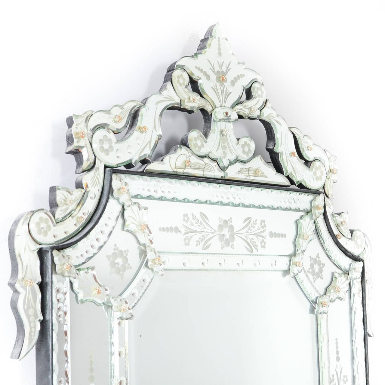 Large Venetian Mirror At 1stdibs Pertaining To Large Venetian Mirror (Image 7 of 15)