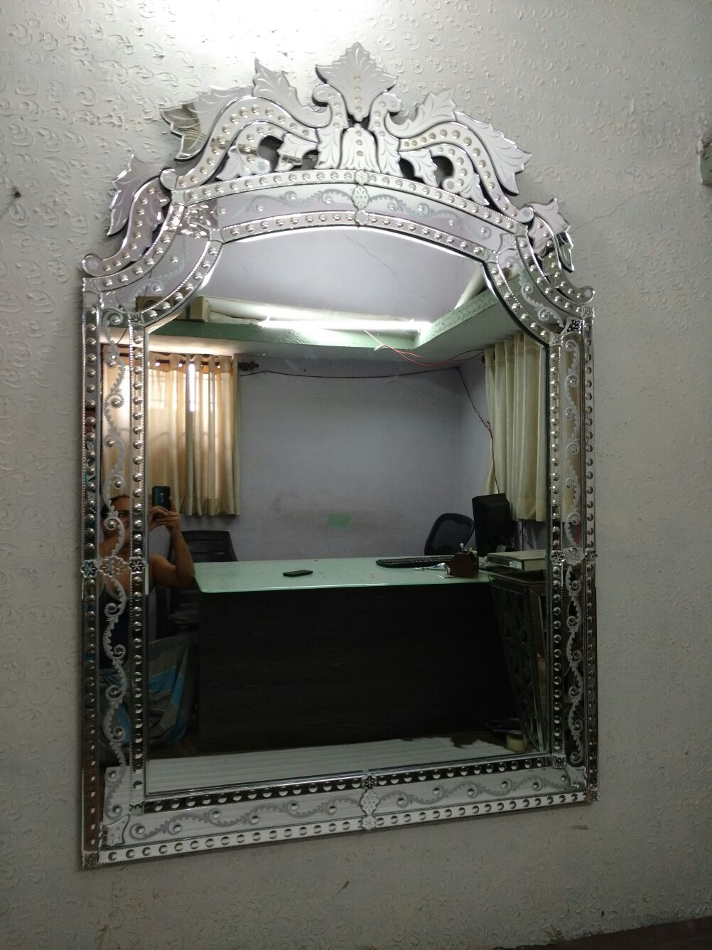 Large Venetian Mirrors Manufacturers Exporters Suppliers In India With Venetian Mirror Large (Image 11 of 15)