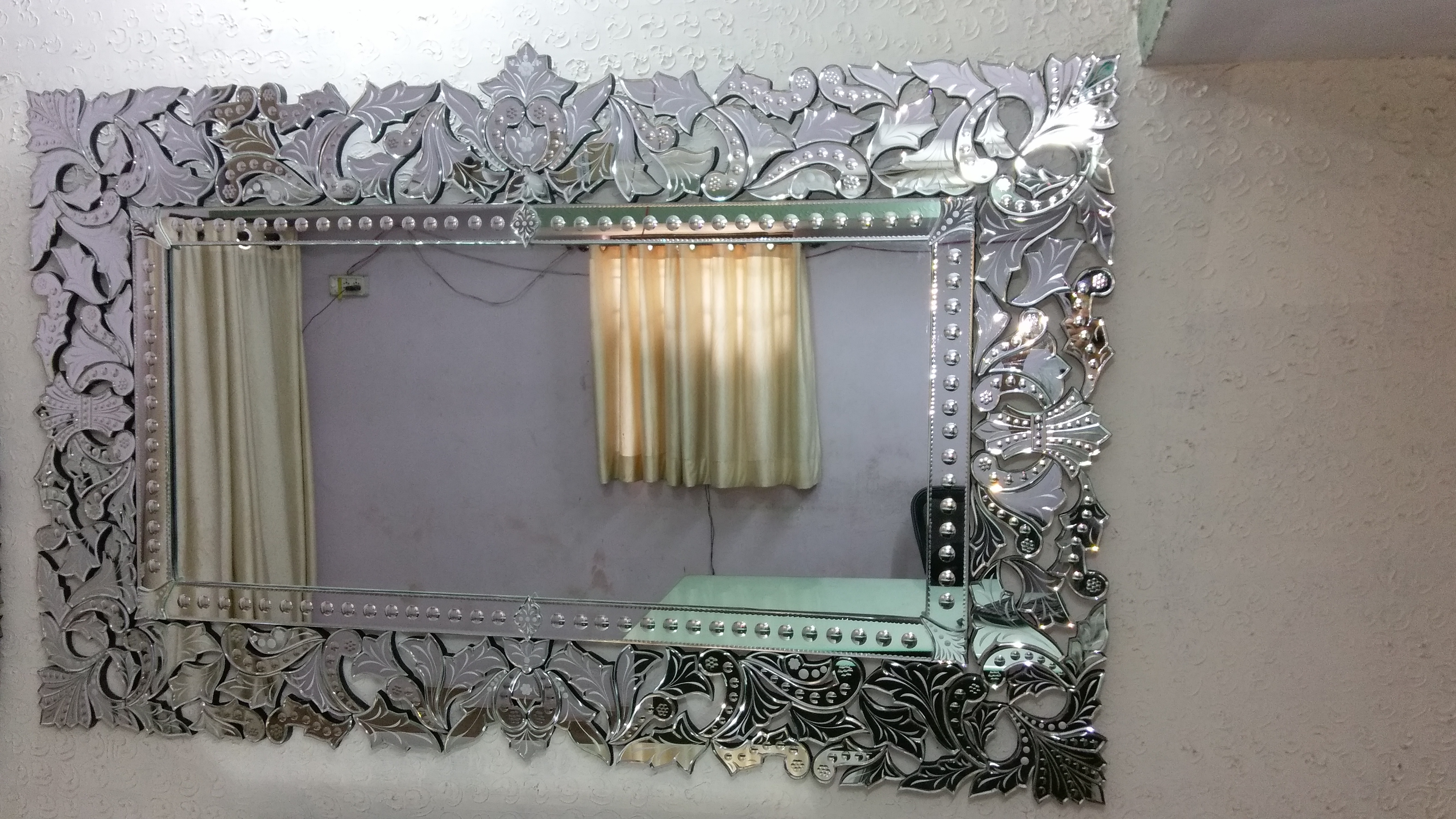 Large Venetian Mirrors Manufacturers Exporters Suppliers In India Within Venetian Mirror Large (Image 12 of 15)