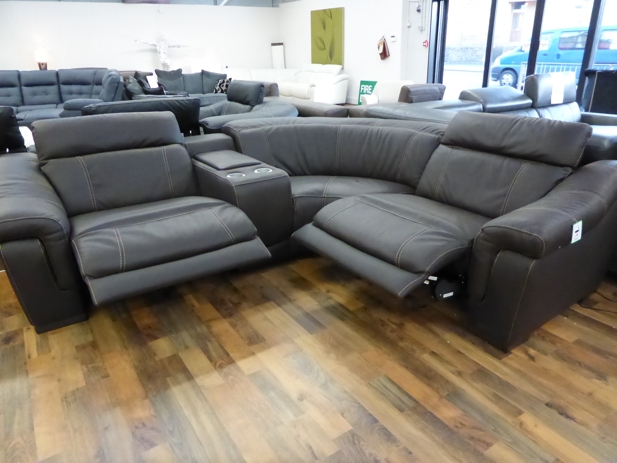 Leather Power Recliner Sofa Uk Codeminimalist Throughout Curved Recliner Sofa (Image 6 of 15)