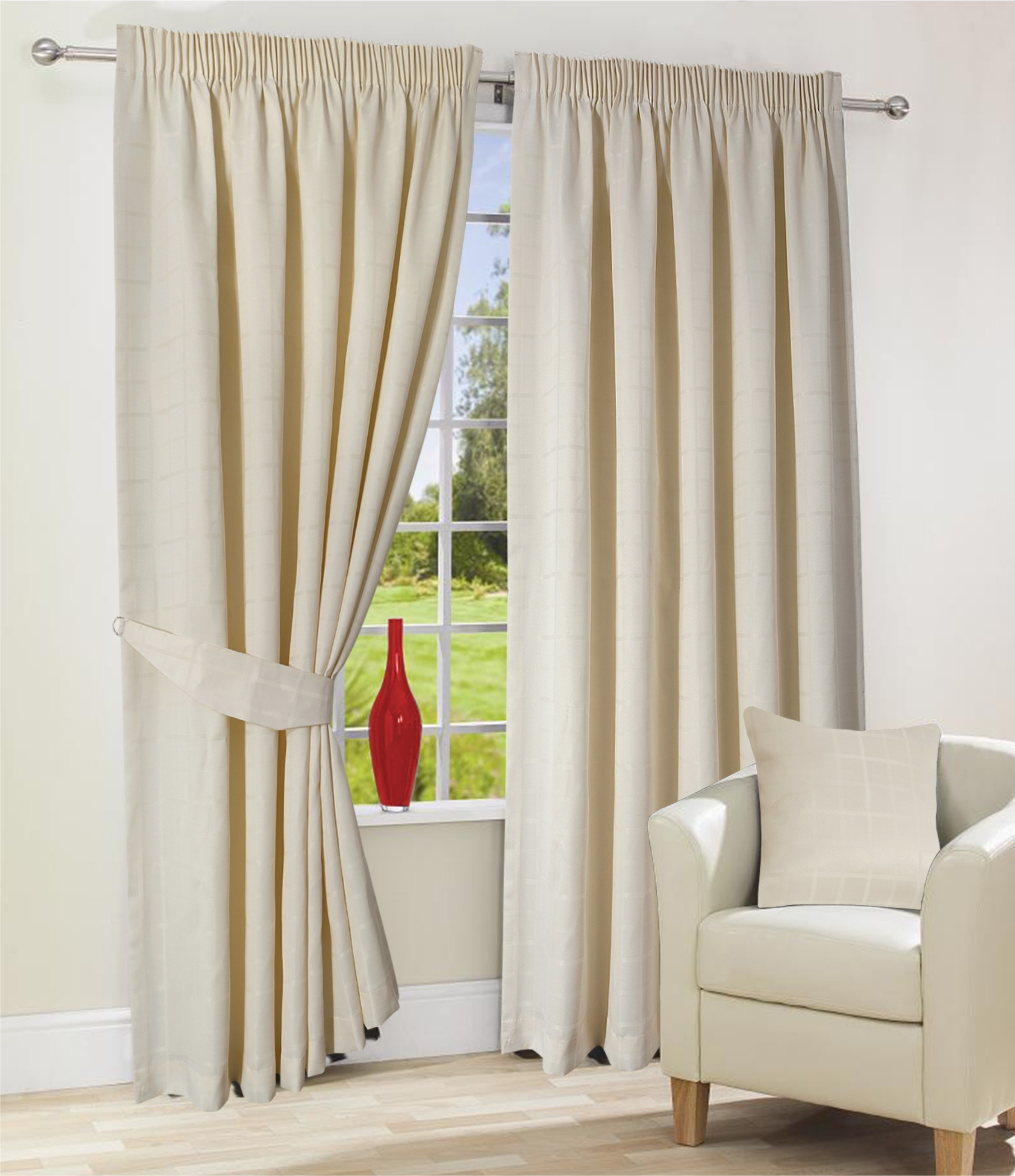 Featured Image of Lined Cream Curtains