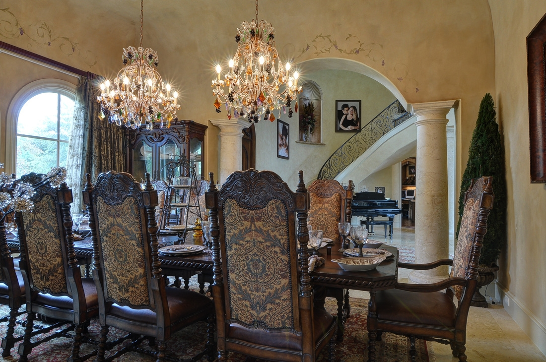 Living In Luxury Beautiful Chandeliers Cindy Ogorman Eb Pertaining To Oversized Chandeliers (View 14 of 15)