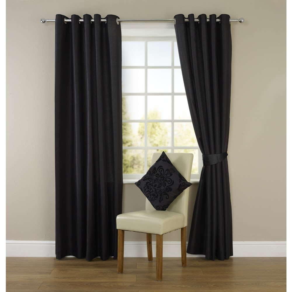 Long Eyelet Curtains With Regard To Long Eyelet Curtains (Image 9 of 15)