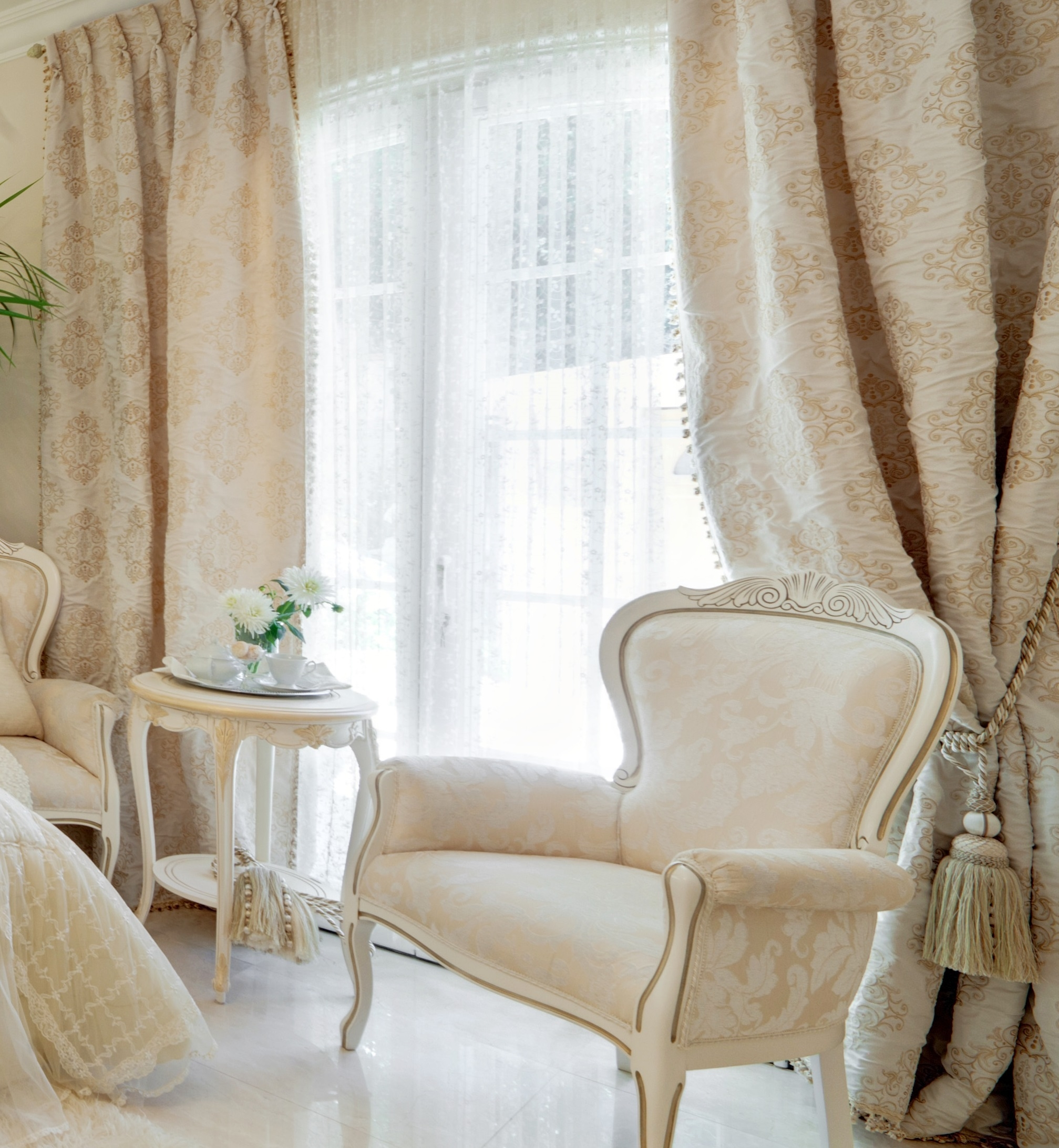 Luxury Interior Design Lidia Bersani Home Fashion With Regard To Luxury White Curtains (Image 8 of 15)