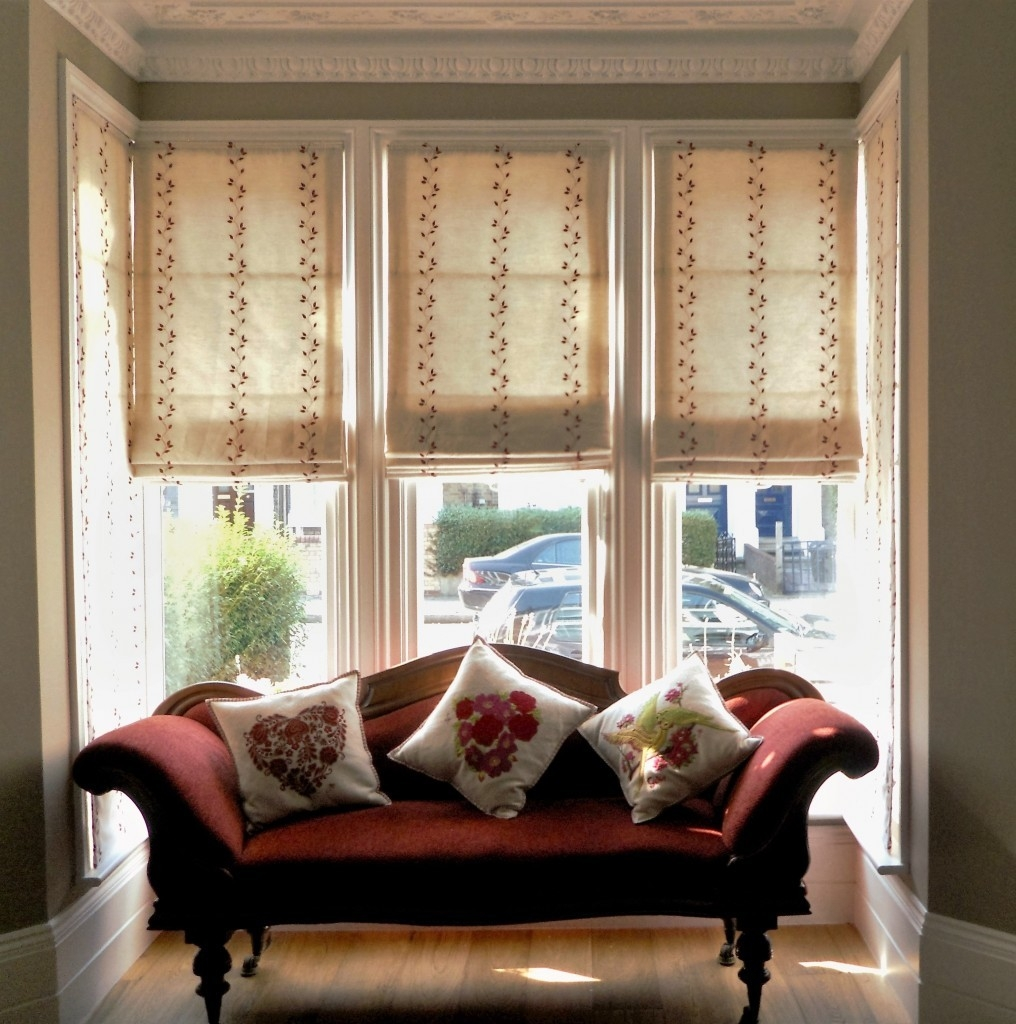 Made 2 Measure Blinds Haringey Ginas Soft Furnishings Pertaining To Handmade Roman Blinds (Image 7 of 15)