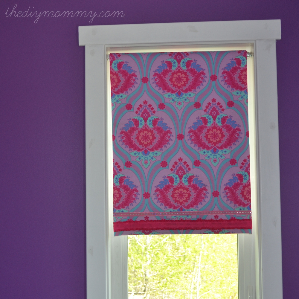 Make A No Sew Fabric Covered Roller Shade The Diy Mommy For Roller Fabric Blinds (Image 8 of 15)