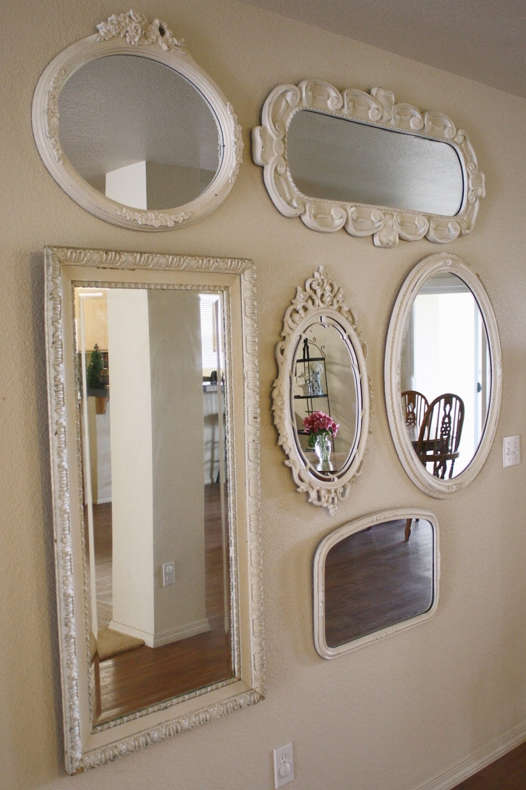 Mirrors Designedkrystleblog With Regard To Vintage White Mirrors (Photo 8 of 15)