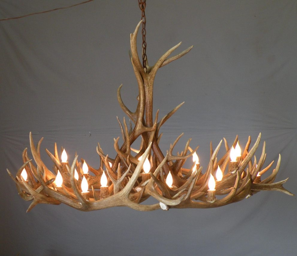 Featured Image of Modern Antler Chandelier