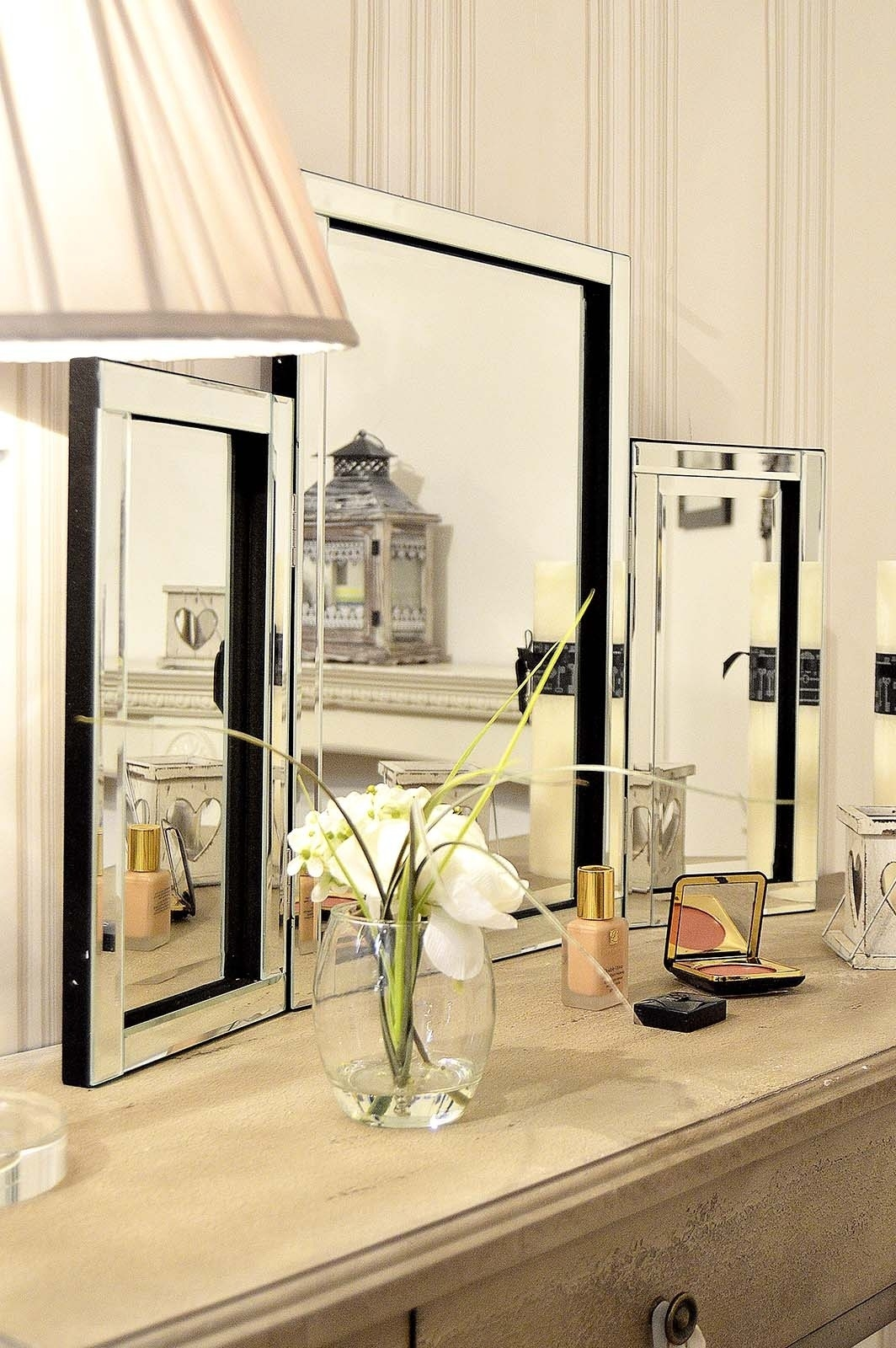 Modern Design Glass Venetian Dressing Table Mirror 1ft10 X 2ft7 With Venetian Dressing Table Mirrors (Image 7 of 15)