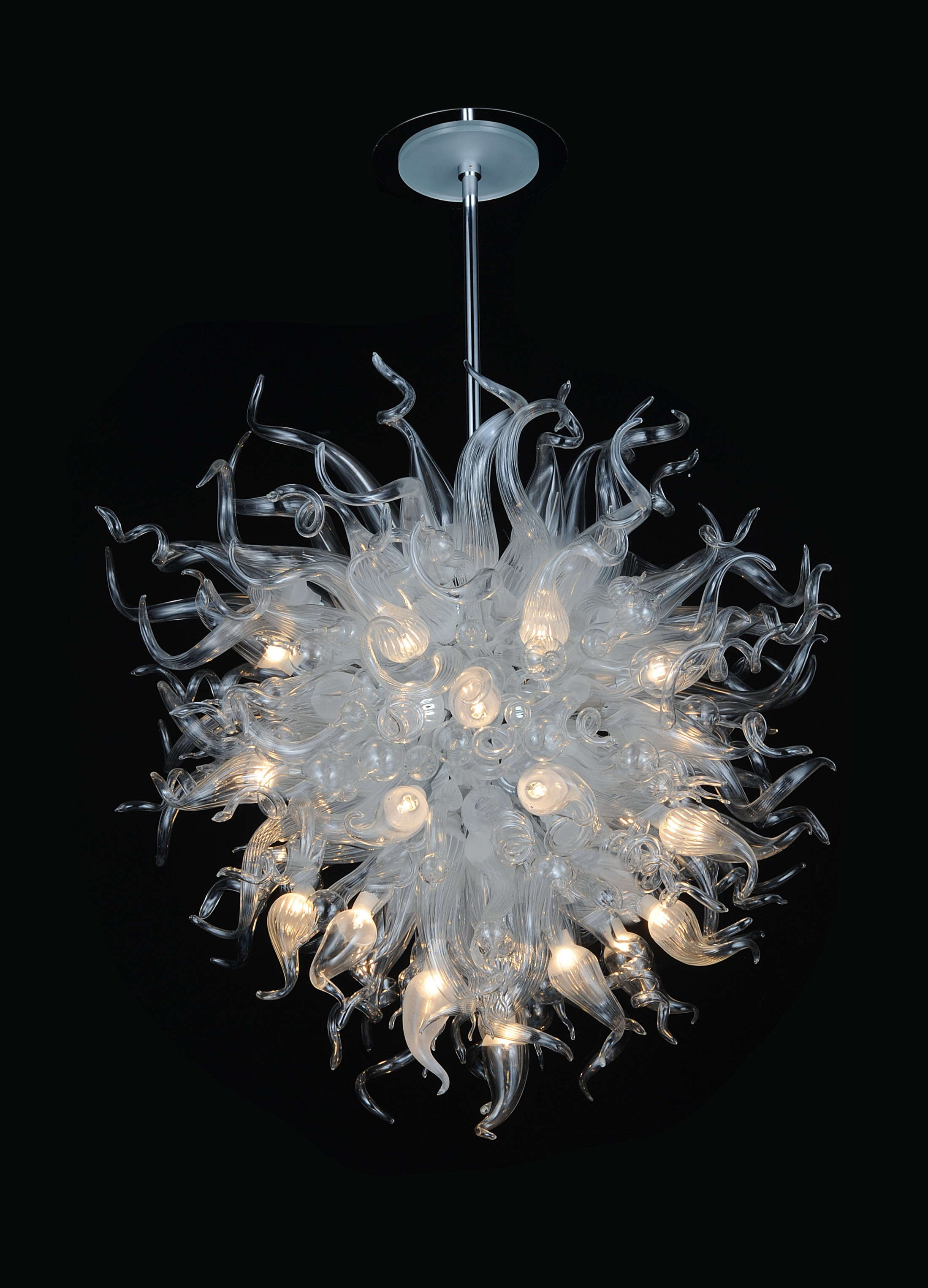Modern Glass Chandeliers Pertaining To Modern Italian Chandeliers (Image 10 of 15)