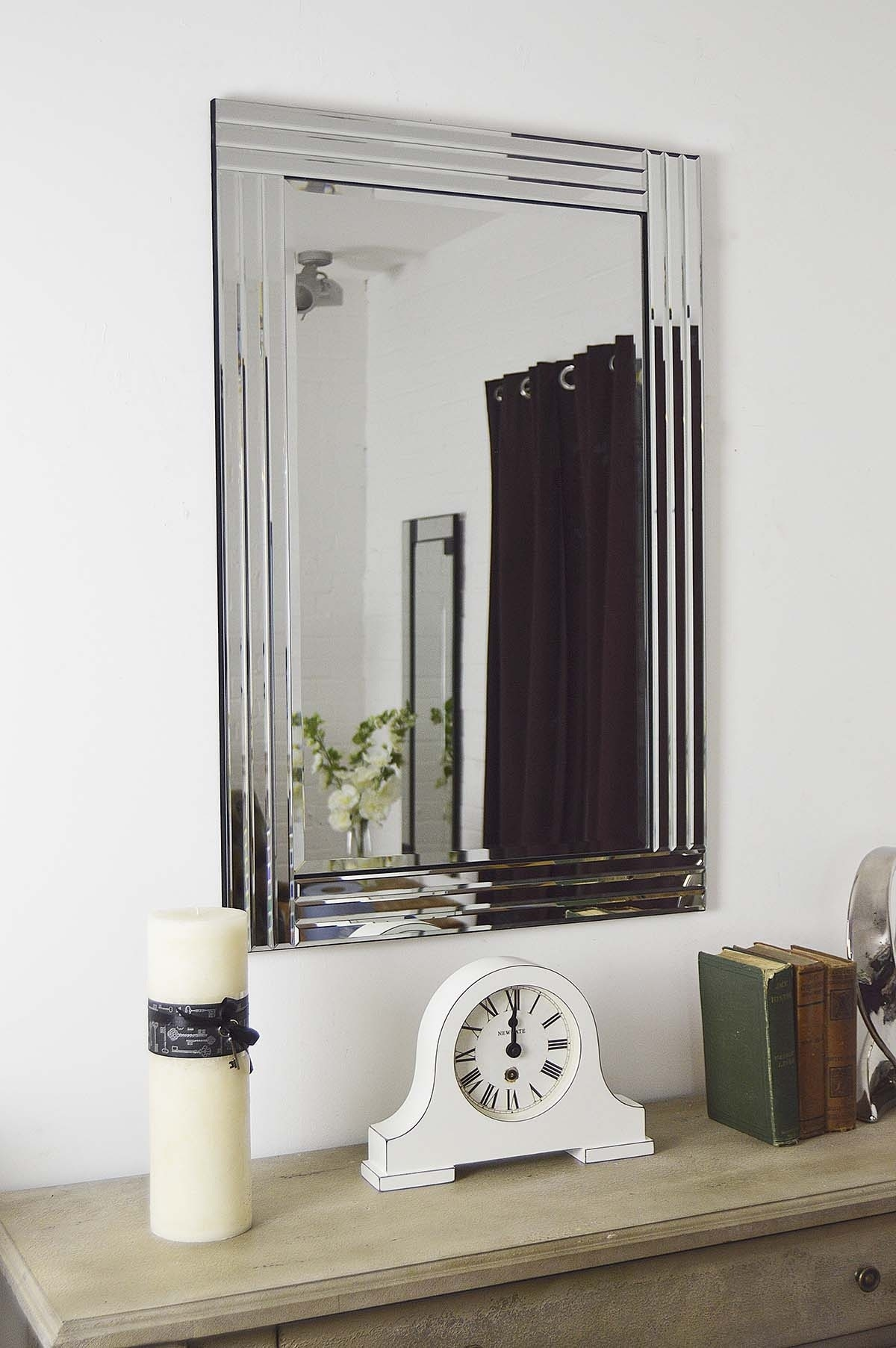 Featured Image of Modern Bevelled Mirror