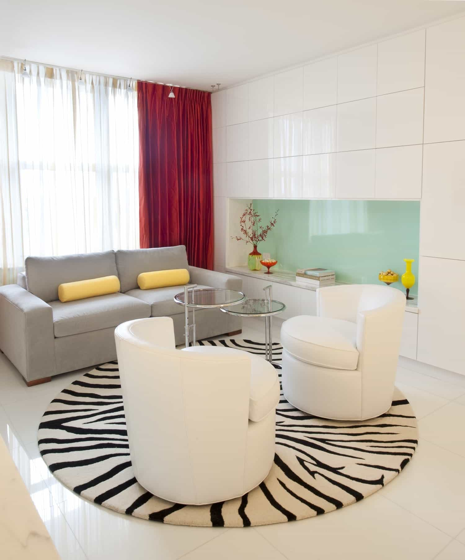 Featured Image of Modern White Ceramic Wall Tiles For Living Room Interior
