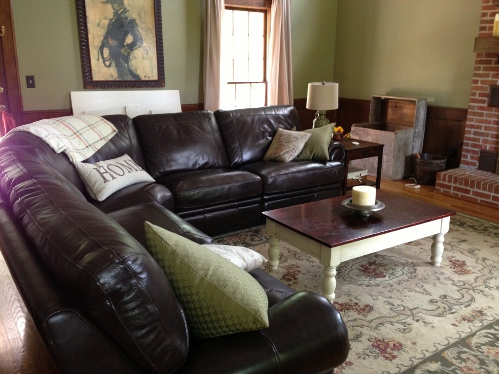 My Perfect Furniture Match Havertys Jolly Mom With Regard To Bentley Sectional Leather Sofa (Image 12 of 15)