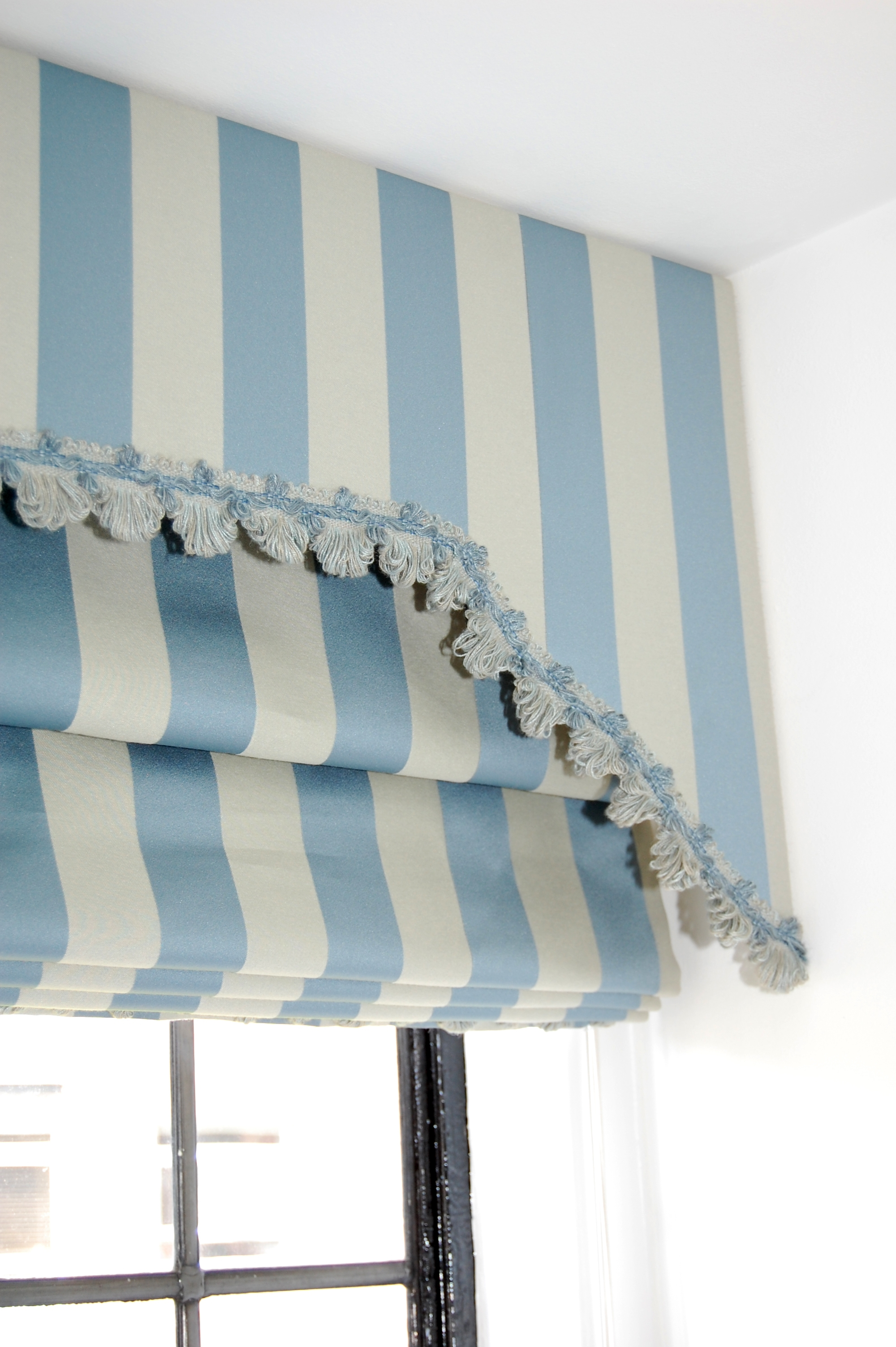 15 Photos Blue And White Striped Blinds Curtain Ideas