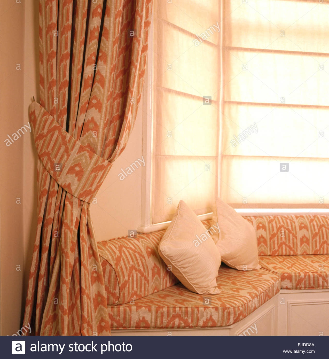 Plain Blinds And Patterned Curtains On Window Above Fitted Window In Fitted Curtains And Blinds (View 7 of 15)