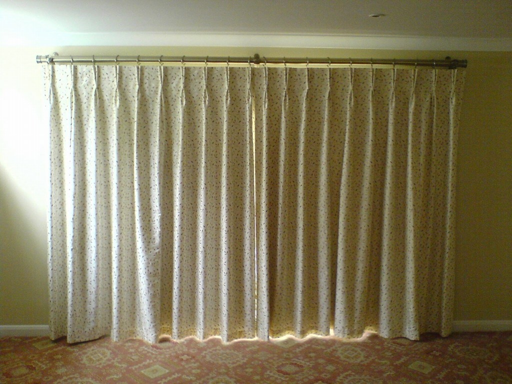 Pleated Curtains With Valance How To Make A Gablet Pleat Curtain With Double Pinch Pleat Curtains (Image 14 of 15)