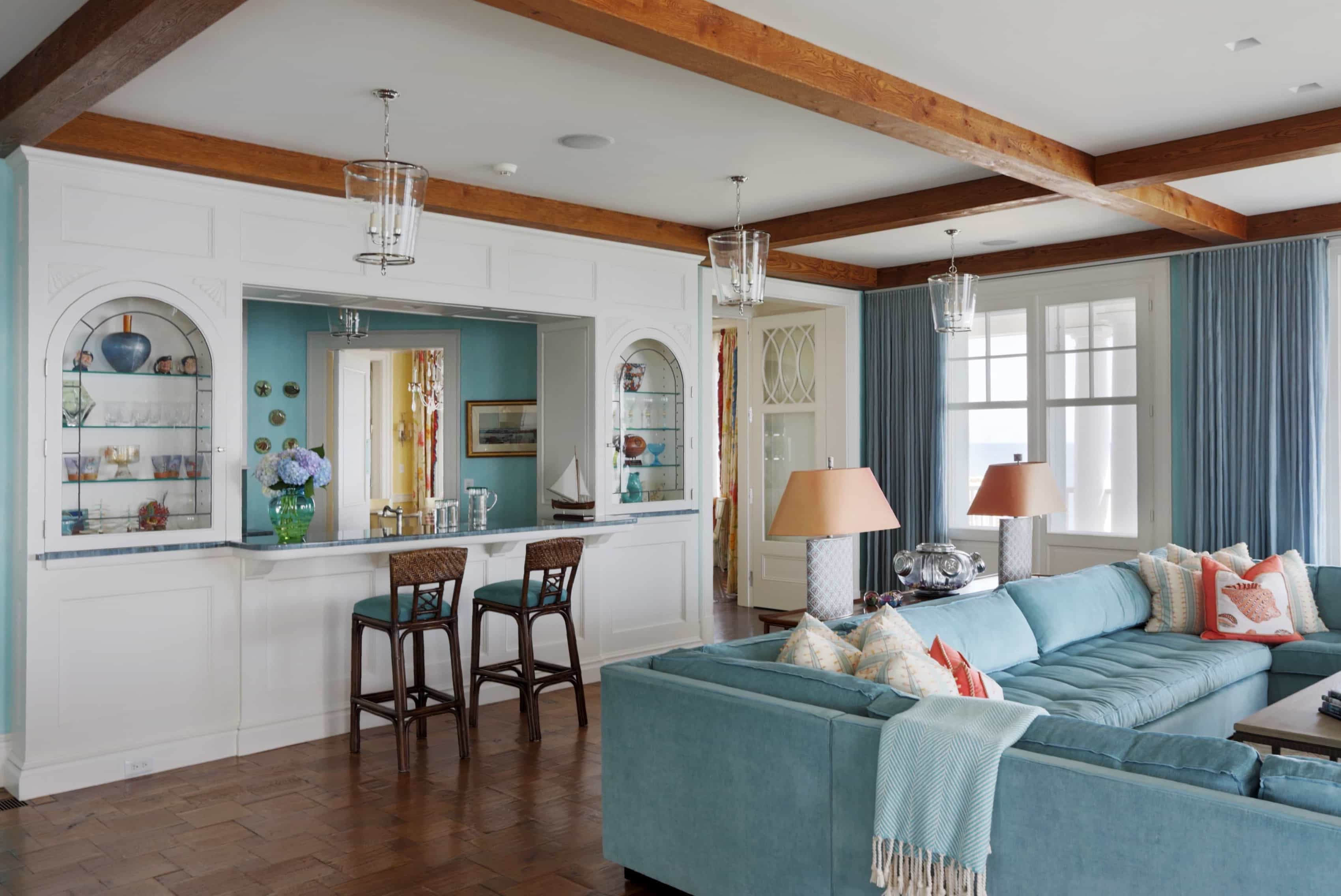 Featured Image of Pops Of Turquoise Play Up The Coastal Style Kitchen Interior