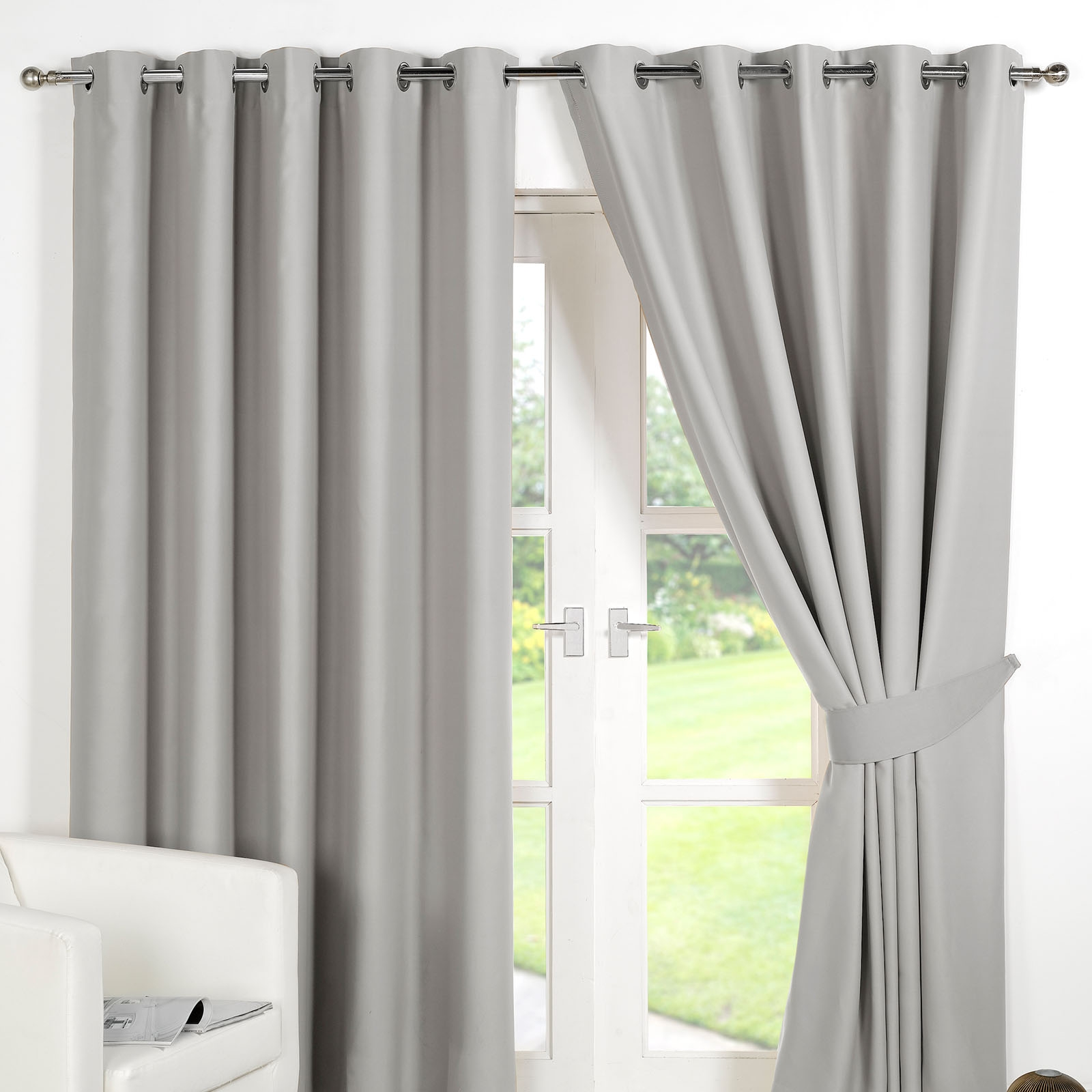 Ring Top Fully Lined Pair Eyelet Ready Made Curtains Luxury In Lined Thermal Curtains (Image 10 of 15)
